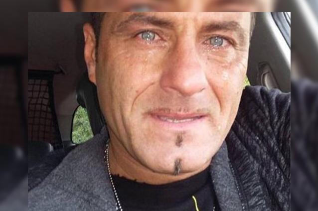 Sossio Aruta attaccato dalla sua ex moglie: