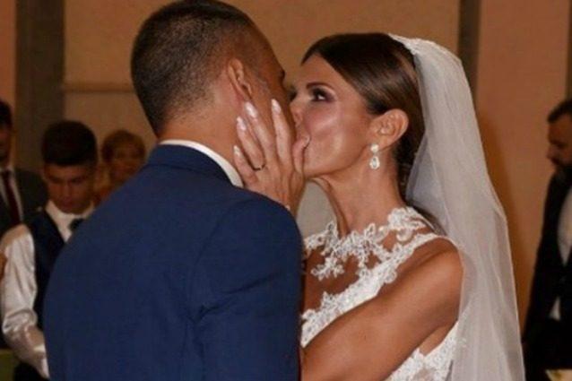 Arianna David ha sposato David Liccioli, l'ex Miss Italia dimentica l'incubo stalking