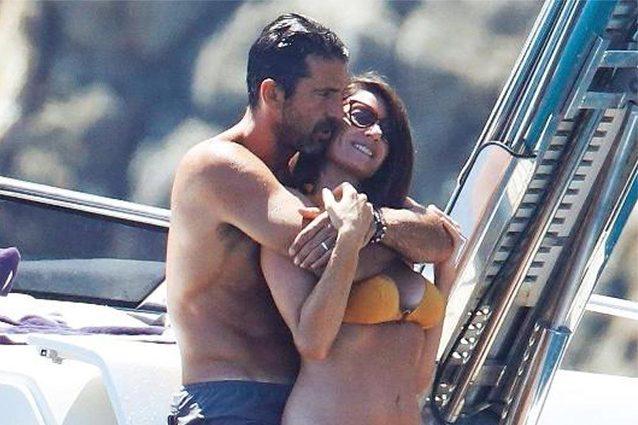 """""""Nessun rapporto orale, scherzavano"""", parte la diffida contro la presunta foto hot di Buffon e D'Amico"""