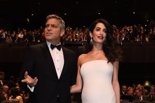 Troppi paparazzi sul lago di Como, George Clooney trascina tutti in tribunale