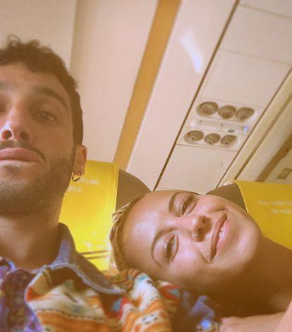 Jonas in una foto con Ariadna Perez Esmeralda