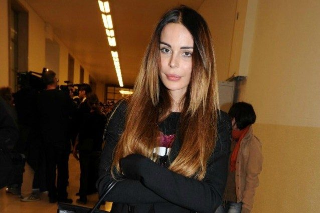 """Nina Moric candidata a sindaco di Torre Del Greco, la modella precisa: """"Una provocazione"""""""