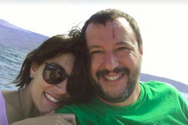 Torna il sereno tra Salvini e Isoardi, foto in barca tra sorrisi e… cicatrici