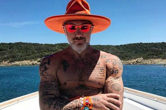 """Crack da 10 milioni per Gianluca Vacchi, """"Sequestrati yacht e ville al re dei social"""""""