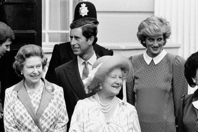 Carlo e la regina Elisabetta disertano l'omaggio a Lady Diana per i 20 anni dalla morte