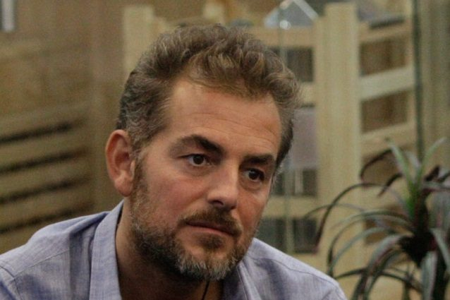 Daniele Bossari lascia momentaneamente il Grande Fratello Vip