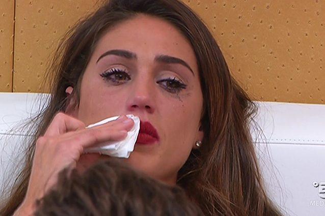 """Cecilia lascia Monte e si sente male: """"Non respiro"""""""