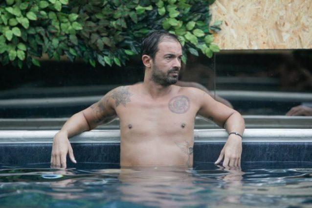 """Altra bestemmia al GfVip, Gianluca Impastato rischia l'esclusione per un presunto """"*io cane"""""""