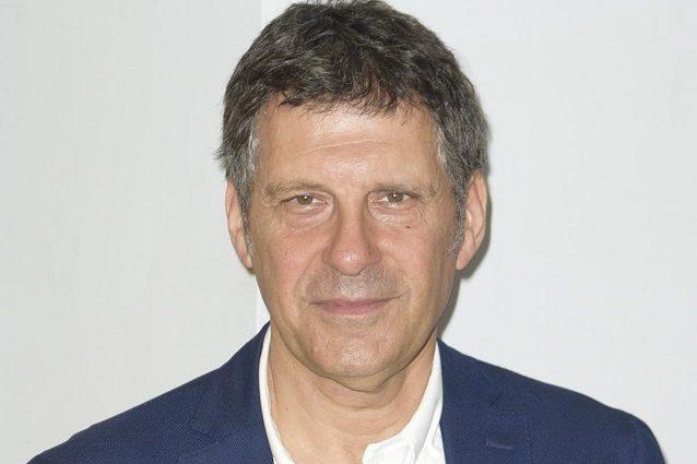 """""""Fabrizio Frizzi è tornato a casa dall'ospedale"""", l'annuncio di Carlo Conti"""