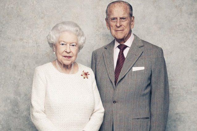 Anniversario Matrimonio 70.Elisabetta Ii E Filippo Festeggiano 70 Anni Di Matrimonio Le Foto