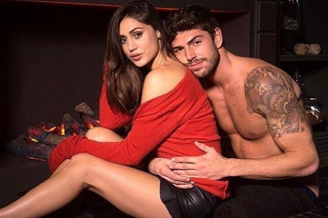 Belen e Stefano realizzano il desiderio di Santiago per Natale: il video