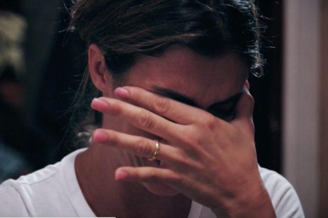 """Elisabetta Canalis in lacrime: """"Ho fatto tanti viaggi, ma a mio padre questo sarebbe piaciuto molto"""""""