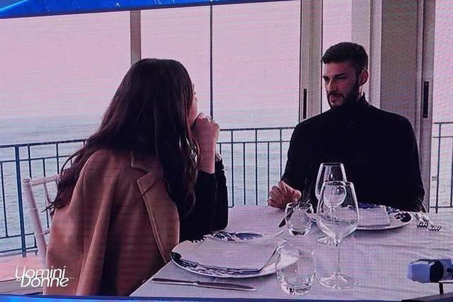 UeD: Lorenzo si dichiara per Nilufar, ma dalla prossima settimana tornerà a corteggiare Sara