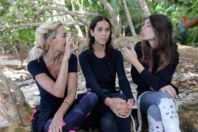 Canna-gate: Eva Henger e Andrea Marchi a confronto all'Isola dei Famosi