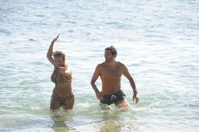 Simone Barbato attratto da Francesca Cipriani all'Isola 13:
