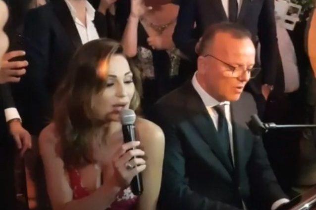 Anna Tatangelo e Gigi D'Alessio, un matrimonio per fare pace