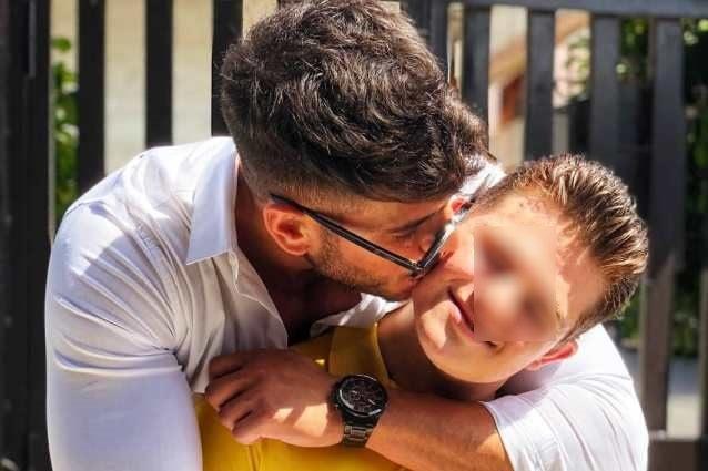 Sara Affi Fella risponde con il padre alle critiche su Luigi