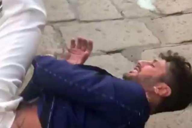 Cornetto anti sfiga per Fabrizio Corona