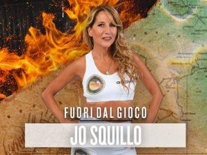 0f21b9ce952f Jo Squillo mette gli spaghetti nel costume, l'immagine più sincera  dell'Isola dei Famosi