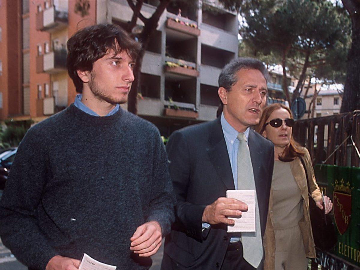 La Grande Famiglia Di Barbara Palombelli E Francesco Rutelli Un Figlio Naturale E Tre Adottivi