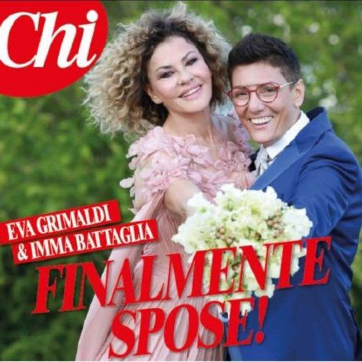 a562ee0a05a1 La prima foto del matrimonio di Eva Grimaldi e Imma Battaglia  svelato l abito  da sposa dell attrice