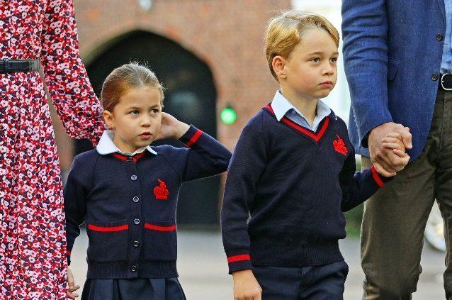La scuola di George e Charlotte isola 4 compagni per il coro