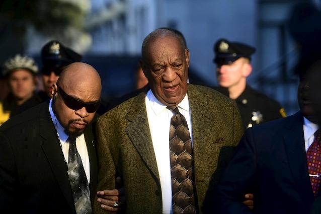 Bil Cosby in tribunale: inizia il processo per violenza sessuale (FOTO)
