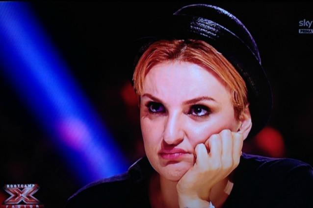 """Arisa sceglie gli Under Uomini a X-Factor, piovono le critiche: """"Non sai nulla di musica"""""""