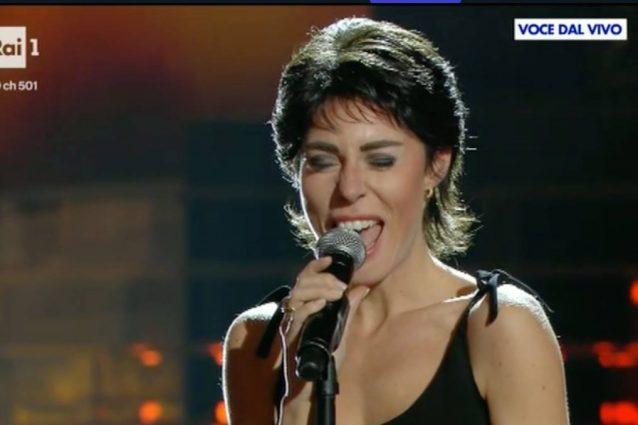 """Bianca Atzei vince la settima puntata di """"Tale e Quale Show"""""""