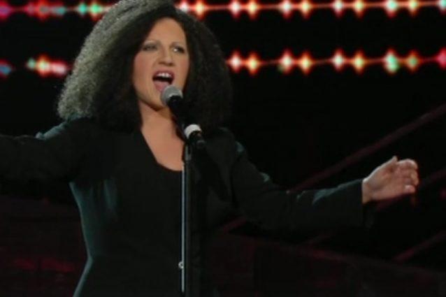 """Deborah Iurato è Antonella Ruggiero con """"Ti sento"""": """"Pazzesca, è uguale"""""""
