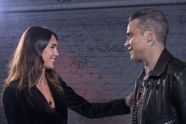 """Robbie Williams: """"Nel 2006 mi scoppiò la testa, mi ritirai perché dovevo disintossicarmi"""""""