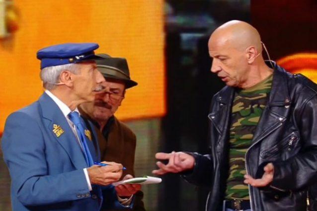 Aldo, Giovanni e Giacomo a Zelig rifanno lo sketch di Ajeje Brazorf 20 anni dopo