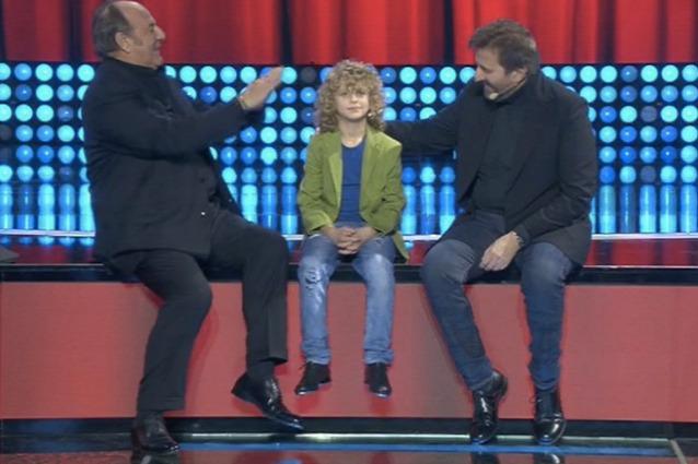 """De Sica al piccolo ballerino Lorenzo: """"Non fare questo lavoro per soldi, non arrivano mai"""""""