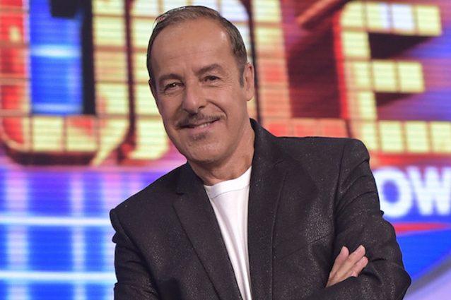 """I 65 anni di Massimo Lopez, dal successo del Trio a quello di """"Tale e Quale Show"""""""
