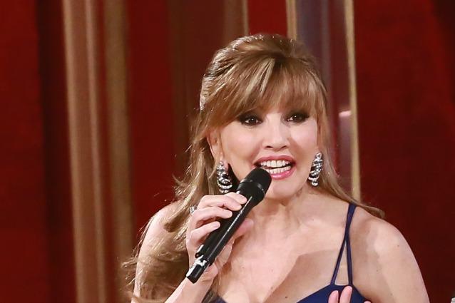 Milly Carlucci: Maria, stavolta c'è posta per te… ti invito a ballare con le mie stelle