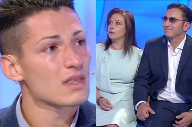 """Cristian supplica la madre che lo ha abbandonato, lei è glaciale: """"Non provo niente"""""""