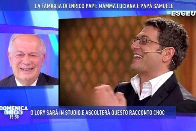"""Troppo corta la gonna della D'Urso, Enrico Papi: """"A mio padre fai l'effetto del Viagra"""""""