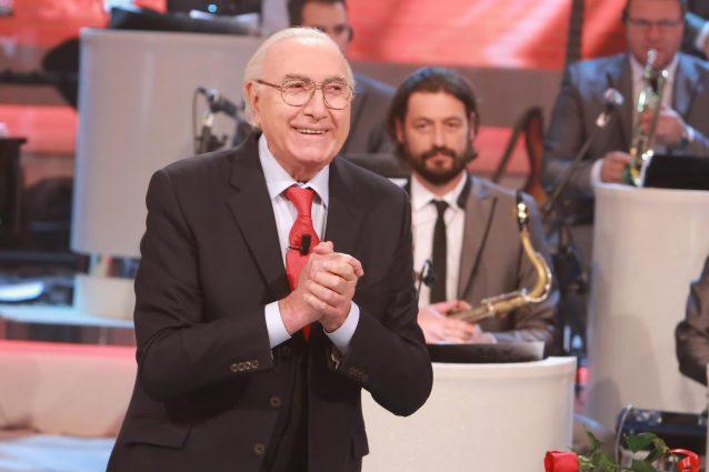 """""""Pippo Baudo ha la bronchite"""", lo speciale di Sanremo 2017 inserito ne L'Arena di Giletti"""