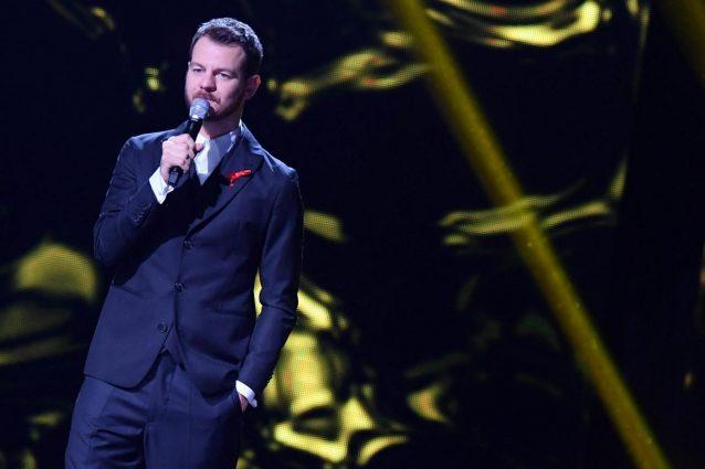 Alessandro Cattelan merita di condurre il Festival di Sanremo per i lettori di Fanpage.it
