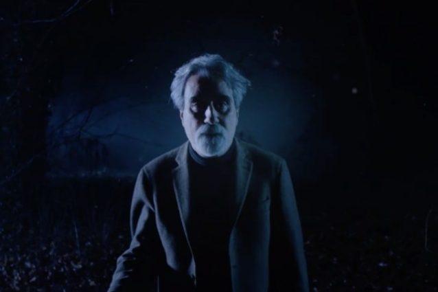 """Netflix fa il verso a Sanremo con """"Free Vessicchio"""", la serie in stile """"Stranger Things"""""""