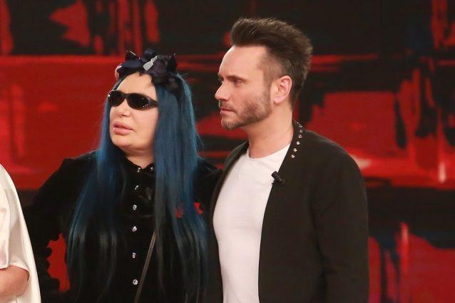 """Il pubblico di Standing Ovation fischia, Loredana Bertè: """"Ma siamo ad Amici?"""""""