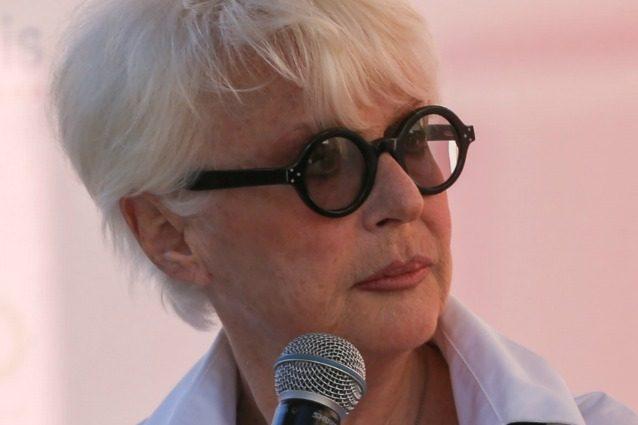"""Sorelle, Loretta Goggi: """"Interpretare Antonia è stato difficile, ci ho lavorato tanto e ho pianto"""""""