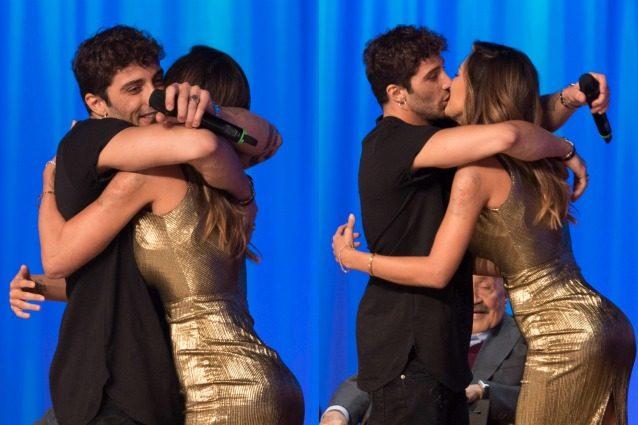 """Andrea Iannone: """"Sono innamorato di Belén Rodriguez, è la mia vita"""" e lei si imbarazza"""