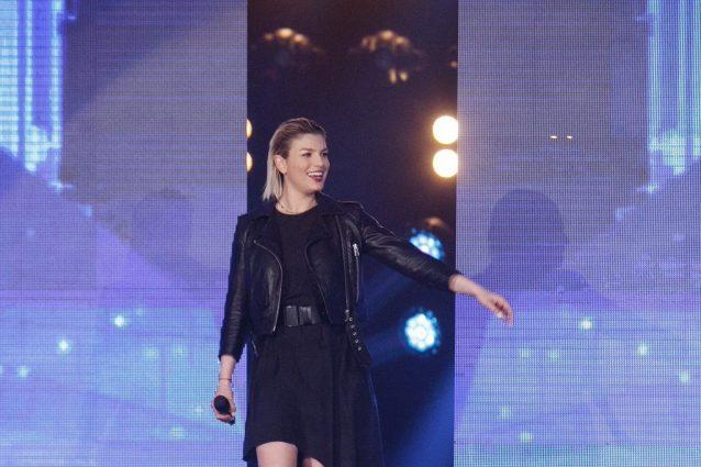 Emma Marrone ospite ad Amici, è vicina all'ex Stefano De Martino