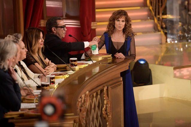 """Giuliana De Sio minaccia di lasciare Ballando: """"Non ballo, vado via"""", poi cambia idea"""