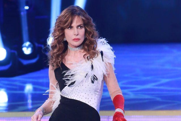 "Giuliana De Sio incerta su Ballando: ""Ho sbroccato, non so se dirvi di votarmi o meno"""