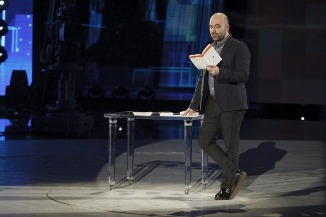 """Roberto Saviano contro il cyberbullismo: """"Imparare a usare le parole significa imparare a vivere"""""""