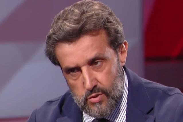 """Flavio Insinna: """"Su di me è stata fatta violenza, campagna di odio che banalizza il bene"""""""