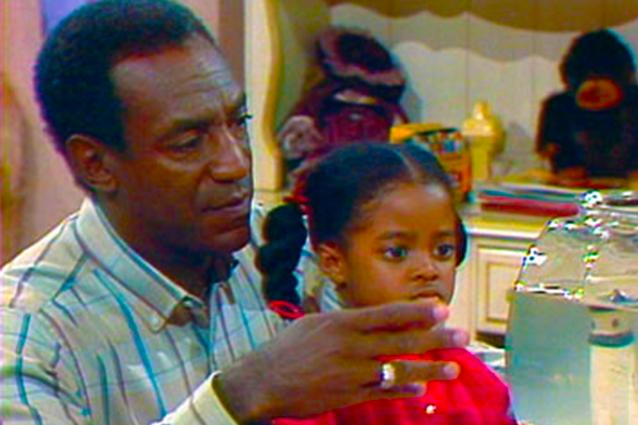 """Bill Cosby con la """"piccola"""" Rudy al processo per violenza sessuale, lei oggi ha 38 anni"""