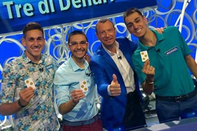 """Amadeus sul licenziamento de 'I tre di denari': """"È incredibile, andrebbero lodati non licenziati"""""""